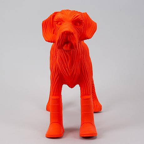 William sweetlove, sculpture, plastis, 2019, signed 36/200.