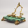 A french malachite inkwell, 19th century latter part.