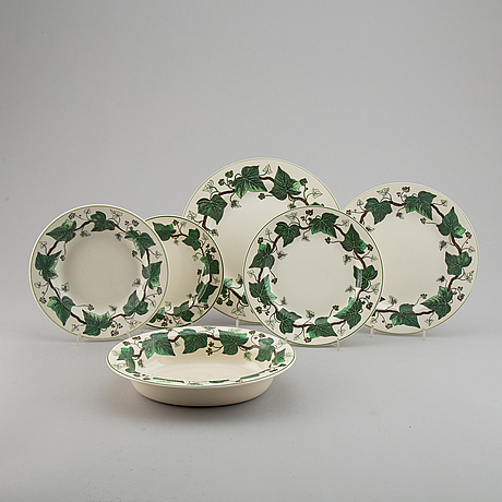 A part wedgwood dinner service, 'napoleon ivy'. (55 pieces).
