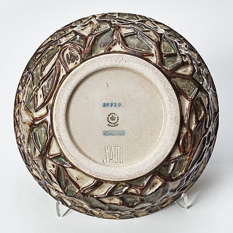 Axel salto, a stoneware bowl, royal copenhagen, denmark 1967, model 20729.