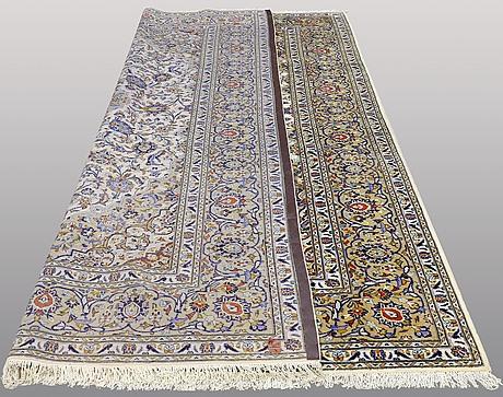 Keshan, ca 361 x 245 cm.