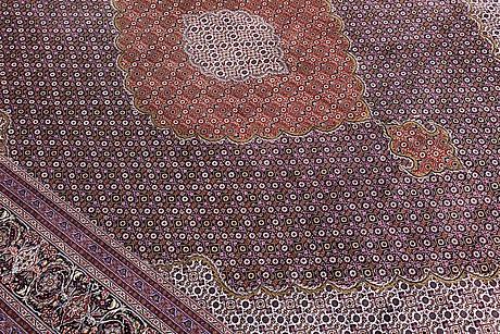 Tabriz part silk s.k 50 radj, ca 355 x 247 cm.