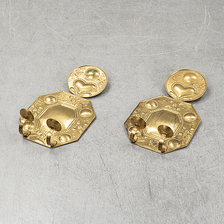 A pair of swedish baroque style wall lights. 20th century.