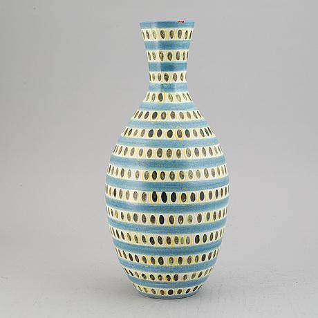 Stig lindberg, a faiance vase. gustavsberg.