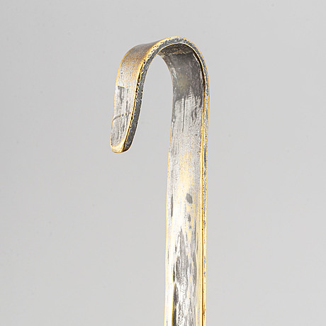 A ladle and sieve, brass, 18th century.
