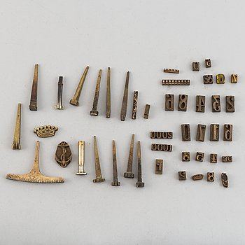 44 pieces och book printing utensils, 19th century.