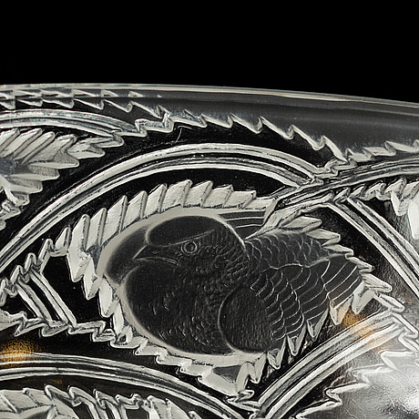 "A glass bowl ""pinsons finches"", marked lalique, france, 1940s."
