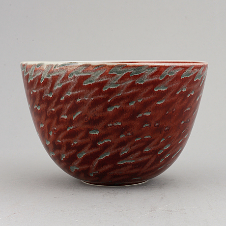 Inger persson, a stoneware bowl, numbered 8983.