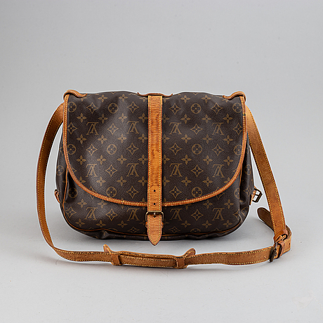 Louis vuitton, a 'saumur 35' bag.