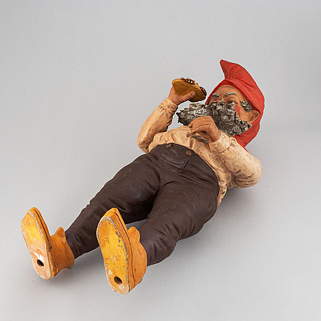 A gnome figurine, first half of the 20th century.