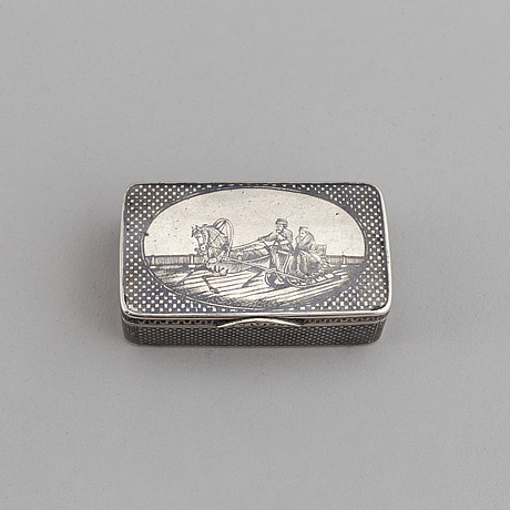 A russian parcel gilt silver niello box, unidentified makers mark, moscow 1896-1908.