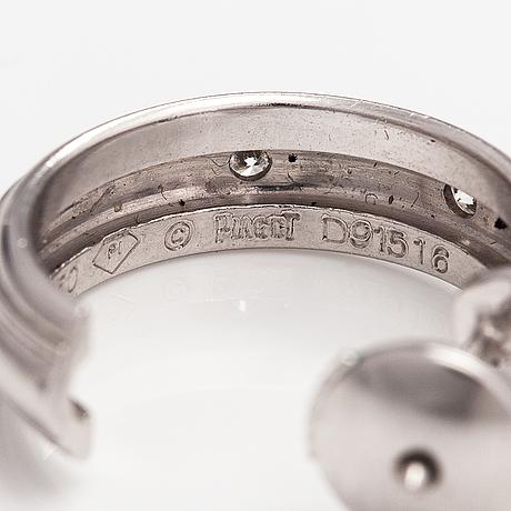"Piaget, korvakorupari ""possession"", 18k valkokultaa, timantteja n. 0.16 ct yht. merkitty piaget d91516."