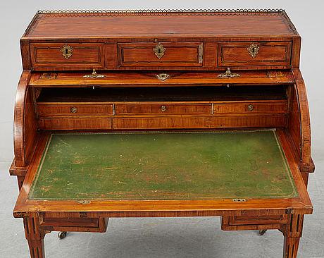 A louis xvi secretaire, ca 1800.
