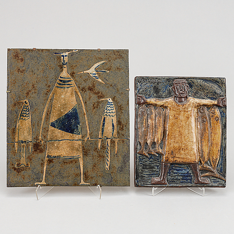 Åke holm, two stoneware reliefs, signed.