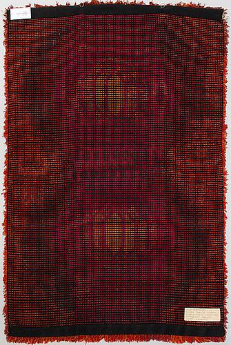 Terttu tomero, ryijy, malli neovius. noin 165x110 cm.