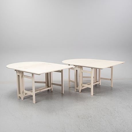 A 1990's pair of gate leg tables from ikea.