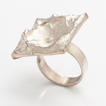 A sterling silver ring. Sirokoru, Turku 1972.