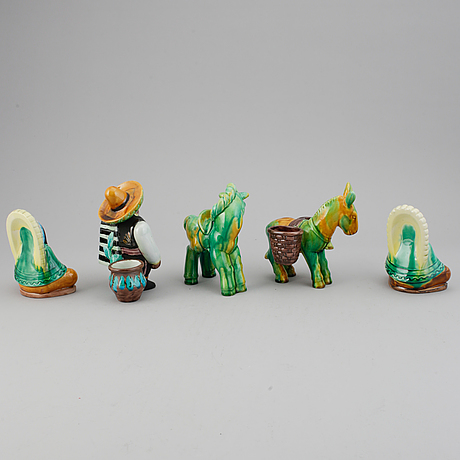 Gunnar nylund, five stoneware and creamware figurines, rörstrand, sweden mid 20th century.