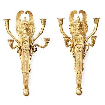 111. APPLIQUER, ett par, för fyra ljus, Frankrike ca 1810, Empire.