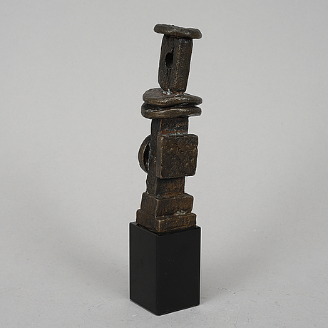Man ray, sculpture, bronze, signed 74/1000.