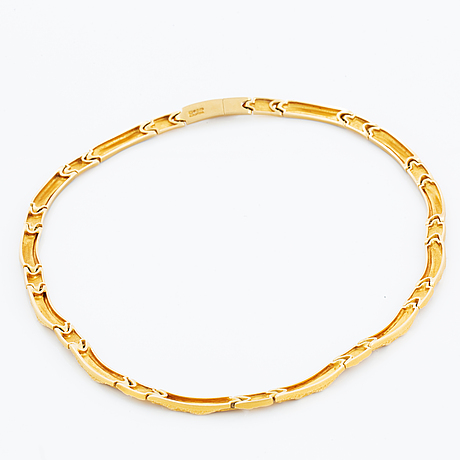 Lapponia 18k gold necklace.