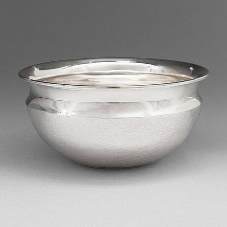 Tapio wirkkala, a silver bowl, model tw 341, hämeenlinna, finland 1967. design year 1966.