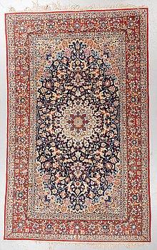 A carpet, Old Esfahan, part silk, ca 263 x 162 cm.