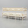 A gustavians sofa from around the year 1800.