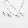 2 silver pendants with cultured pearls approx 10,5, 12 mm and earrings 18k whitegold 2 cultured pearls approx 8 mm.