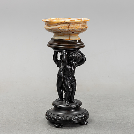 A wooden pedestal with onyx bowl, 20th century.