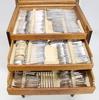 Schatull med bestickservis, barockstil resp nysilverbestick av chippendaletyp. 1920-30-tal.