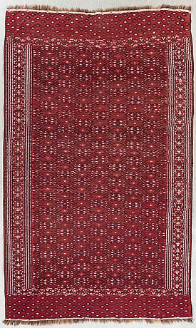 A semiantique soumak carpet ca 309 x 192 cm.
