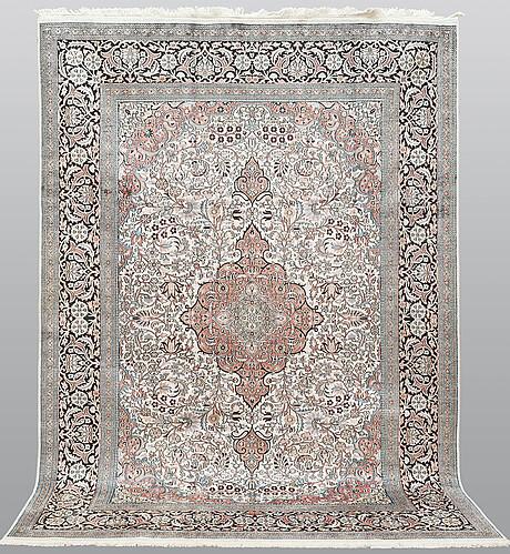 A carpet, silk kashmir, ca 302 x 214 cm.