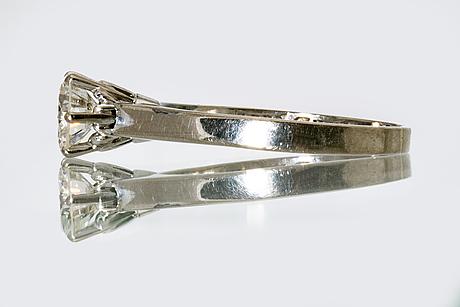 Ring, 18k whitegold, 1 brilliant-cut diamond 1 ct engraved, river vvs appraisal caroli juvel 2002.
