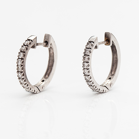 Örhängen, 14k vitguld, diamanter ca 0.60 ct tot. benfin, helsingfors.