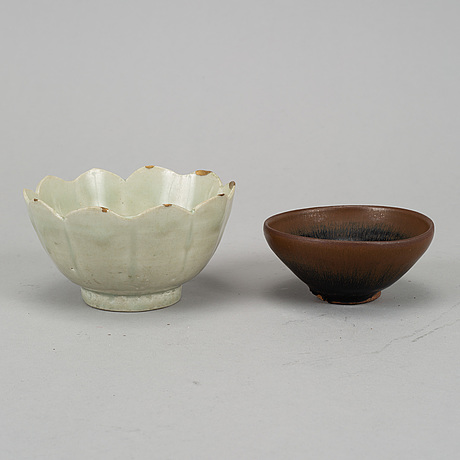 Two ceramic bowls, song and yuan dynasty.