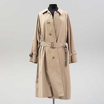 Burberry, trenchcoat, size 50.