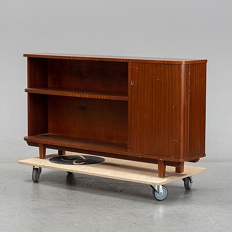 A mahogany veneered bookcase, 1940's/50's.
