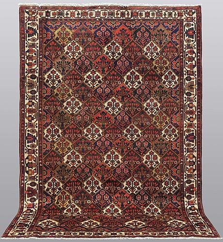A carpet, baktiari, 313 x 211 cm.