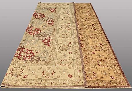 A carpet, ziegler design, ca 359 x 272 cm.