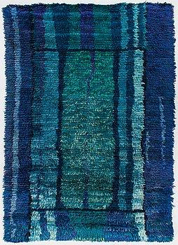 A 1960's Finnish long pile rug. Circa 160x115 cm.