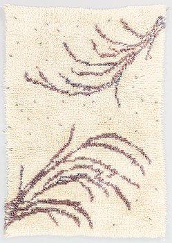 Riitta Aaltonen, a Finnish long pile rug for Ryijypalvelu. Circa 125x87 cm.