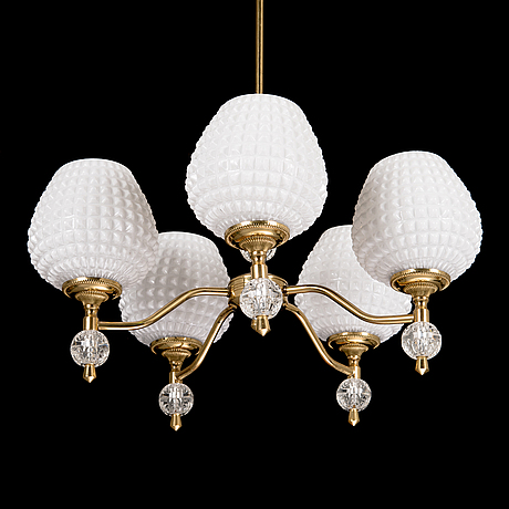 A mid-20th century chandelier.