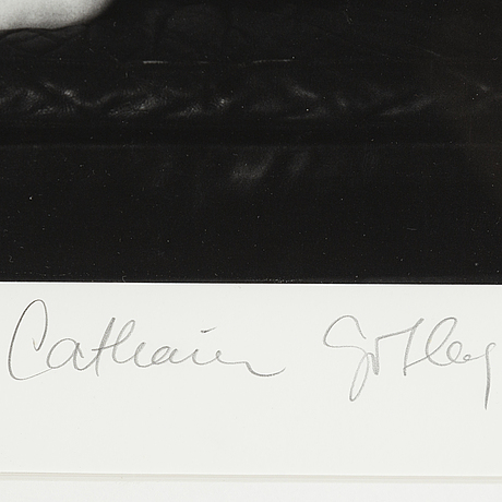 Catharina gotby, arkivbeständig pigmentprint signerad, numrerad 86/100.