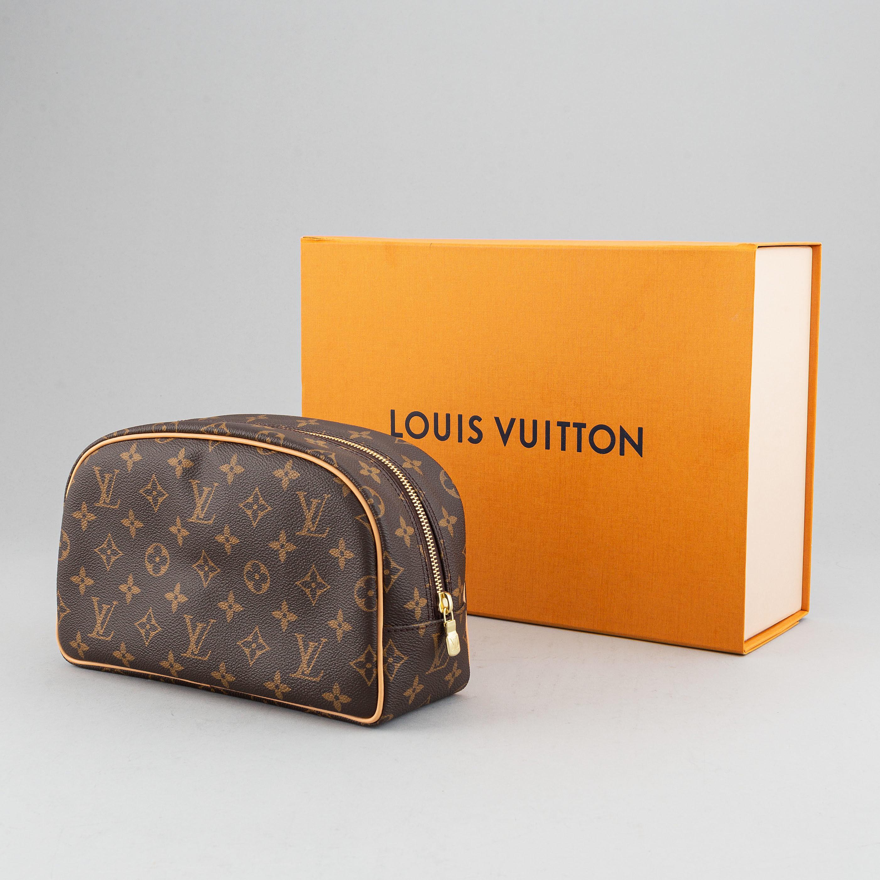 Louis Vuitton Toiletry Bag 25 Bukowskis Safe shipping and easy returns. louis vuitton toiletry bag 25