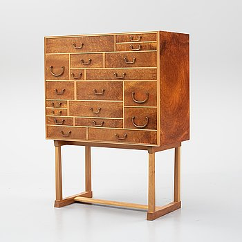 Josef Frank, a model 881 'Nationalmuseiskåpet' cabinet, Svenskt Tenn, post 1985.