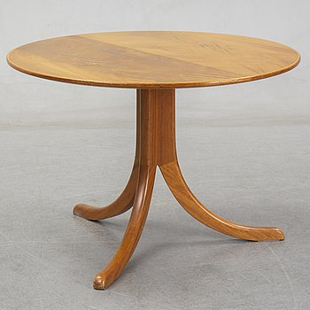 Josef Frank, a model 1028 coffee table for Firma Svenskt Tenn, second half of 20th century.