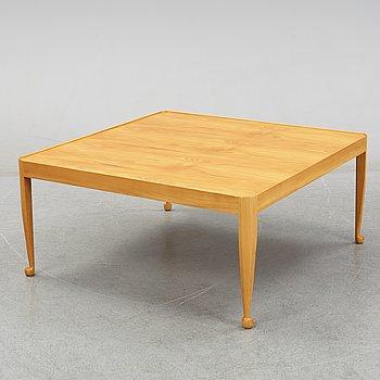 """Josef Frank, soffbord, """"Diplomat"""" modell 2073, Firma Svenskt Tenn, formgivet 1949, tillverkat före 1985."""