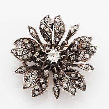 Old-cut and rose-cut diamond flower brooch.