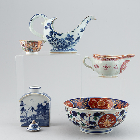 A group of chinese export ceramics, qing dynasty, 18th century.